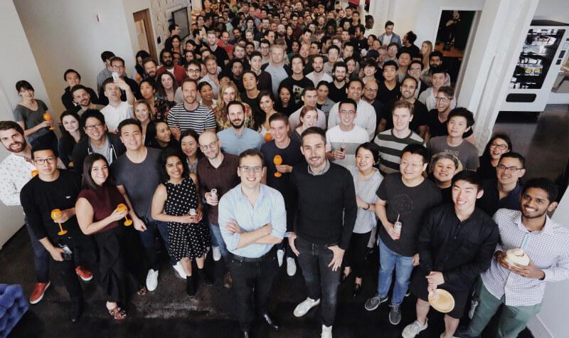 Основатели Instagram покинули компанию