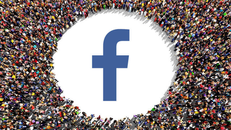 facebook-users-people-crowd3-ss-1920-800x450.jpg