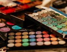 L'Oreal запустил в Facebook приложение для виртуального макияжа