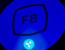 F8: легкий мессенджер на iOS, новый дизайн Facebook и Instagram без лайков