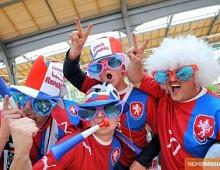 Футбольные болельщики перемещаются от ТВ к ВКонтакте