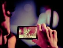 Количество просмотров видео сосмартфонов выросло на100% загод