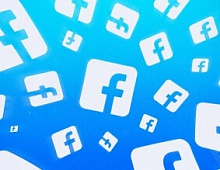 Цукерберг продал акции Facebook почти на $500 млн