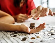 VK Pay начнет брать комиссию за вывод средств на карты Visa и «Мир»