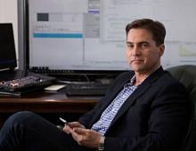 «Создателя биткоина» обвинили в краже $5 млрд